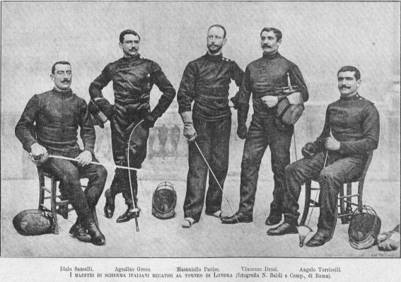 Итальянские мастера фехтования. Слева направо: Идало Санселли, Аджесилао Греко, Масаниело Паризе, Винченцо Дросси, Анжело Торичелли.